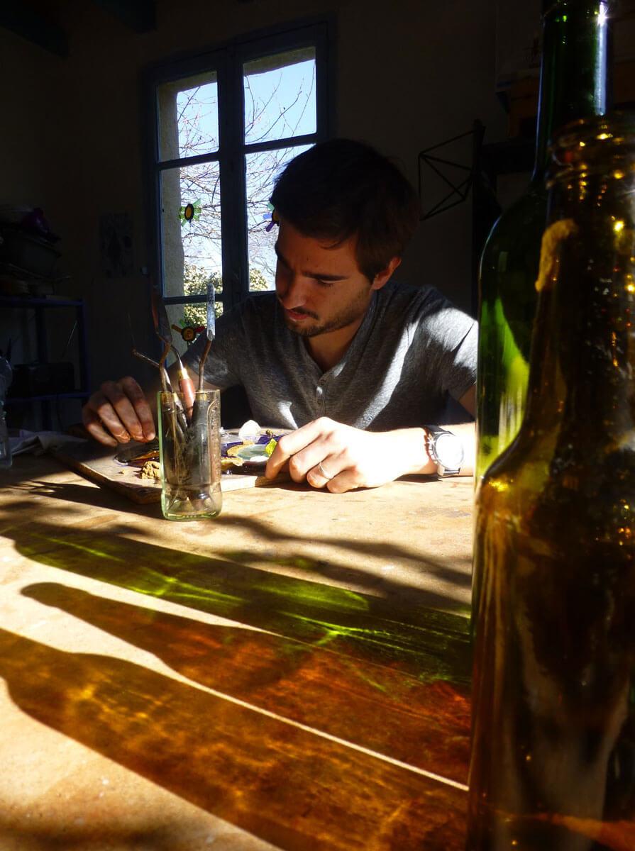Stage d'initiation au vitrail écologique avec Floraluz en Ariège à 1h30 de Toulouse